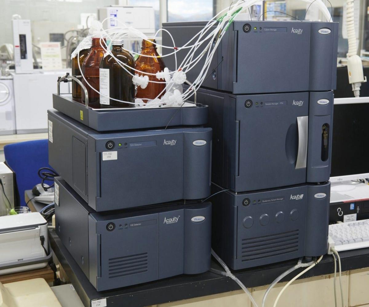 超高速液体クロマトグラフ/タンデム型質量分析計(UPLC/MS/MS)